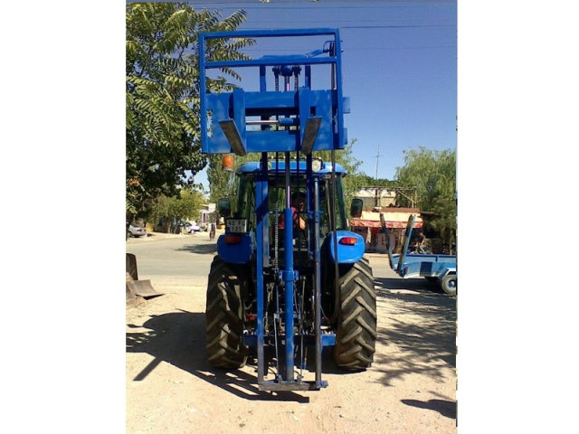 Forklift for Traktors